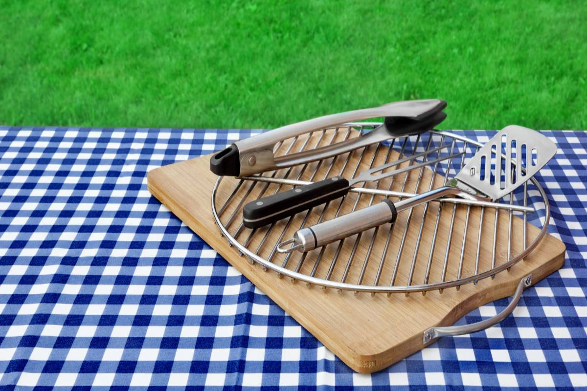 Best 10 ten Grill Toolsets and tools reviews and buying guide according to 2021